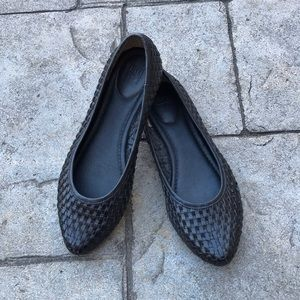 Frye Black Carson Woven Pointed Toe Ballet Flats